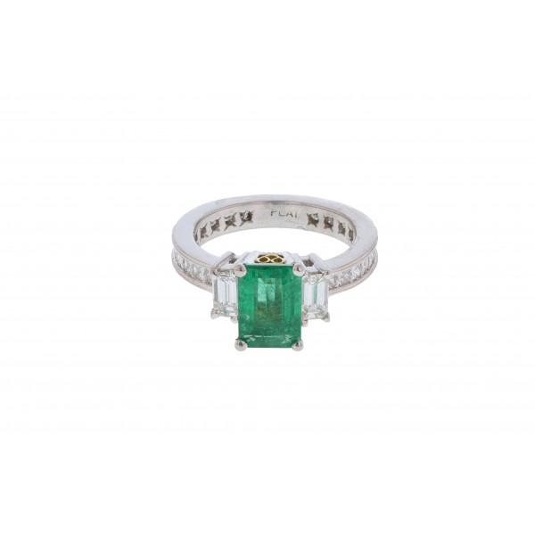 Platinum Ring With Center Rectanglar Emerald & Square Diamonds